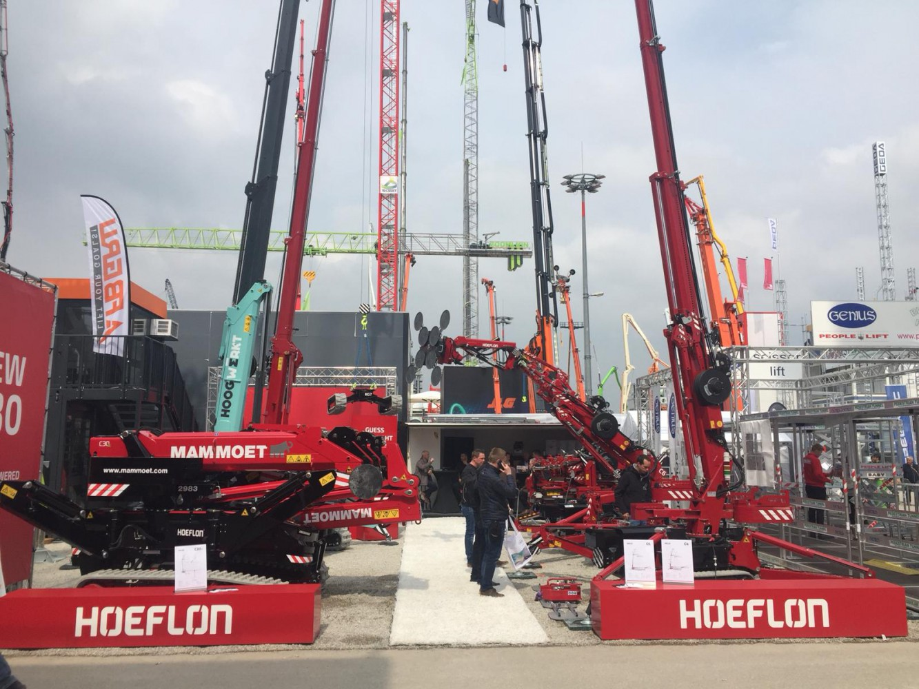 Bauma turns out to be a huge success for Hoeflon!